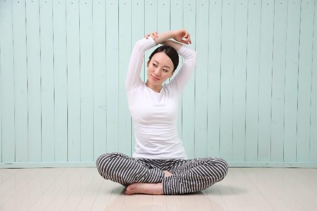 産後のダイエットには、簡単骨盤ダイエットがおすすめ。