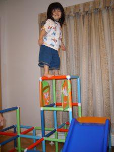 室内ジャングルジム 2歳