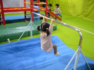 体操教室 鉄棒